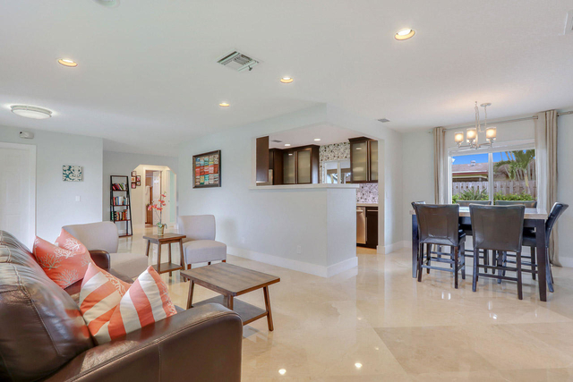 3 Bedrooms, Palm Beach Gardens North Rental in Miami, FL for $3,800 - Photo 1