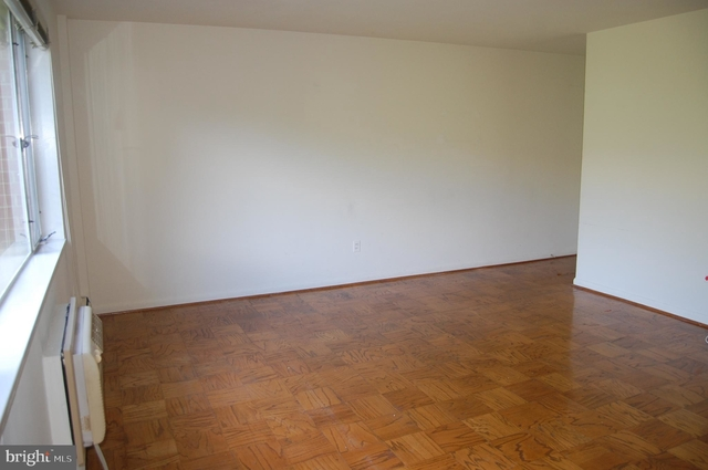 1 Bedroom, North Rosslyn Rental in Washington, DC for $1,695 - Photo 2