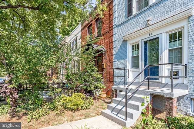 2 Bedrooms, Temple Park South Rental in Washington, DC for $3,700 - Photo 2