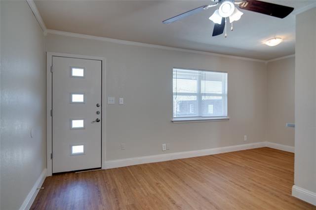 1 Bedroom, Arlington Rental in Dallas for $700 - Photo 2