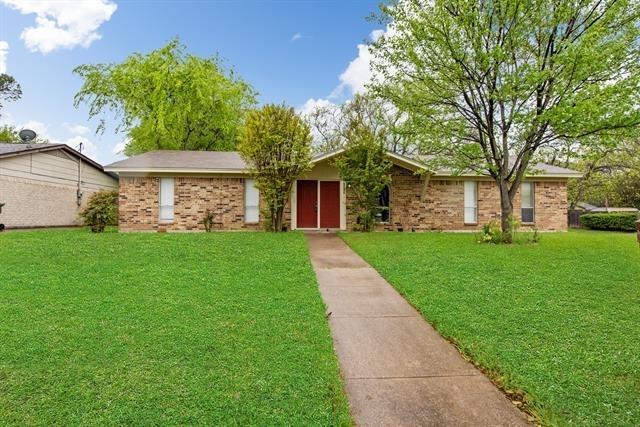 3 Bedrooms, West Arlington Rental in Dallas for $1,650 - Photo 1