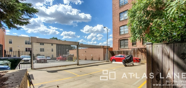 1 Bedroom, Columbia Heights Rental in Washington, DC for $2,100 - Photo 2