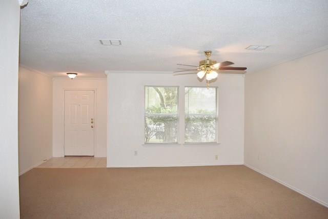3 Bedrooms, Mirabella Village Rental in Dallas for $1,650 - Photo 2