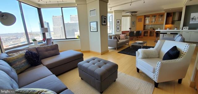 2 Bedrooms, Rittenhouse Square Rental in Philadelphia, PA for $6,250 - Photo 2