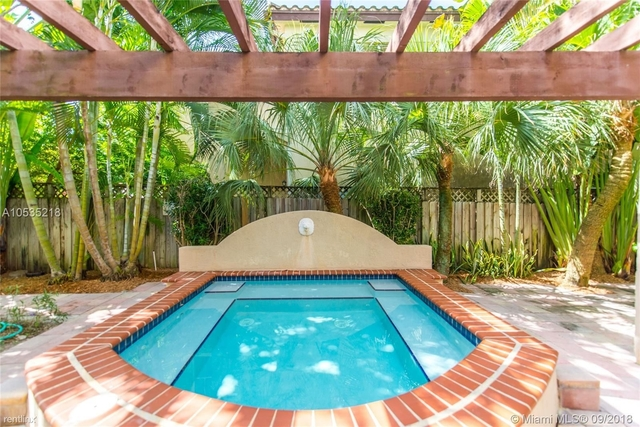 2 Bedrooms, Palm Terrace Rental in Miami, FL for $2,800 - Photo 1