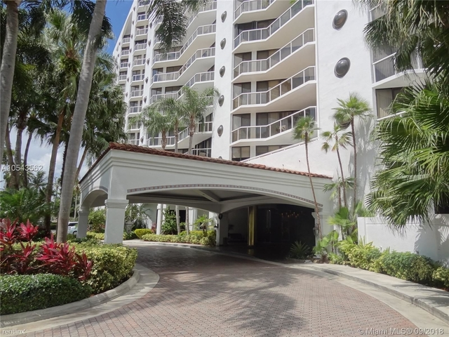 2 Bedrooms, The Waterways Rental in Miami, FL for $2,100 - Photo 1