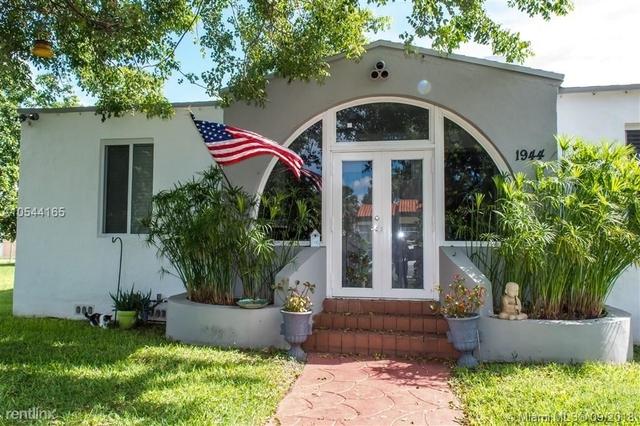 3 Bedrooms, Porter Manor Rental in Miami, FL for $2,990 - Photo 1
