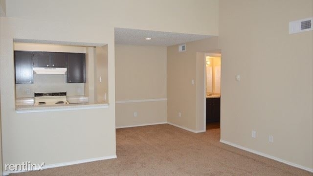 2 Bedrooms, Wolf Creek Rental in Dallas for $835 - Photo 1