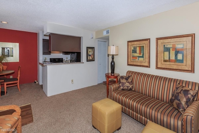 2 Bedrooms, Red Bird Center Rental in Dallas for $1,000 - Photo 1