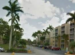 2 Bedrooms, Golf Course Towers Rental in Miami, FL for $1,450 - Photo 2