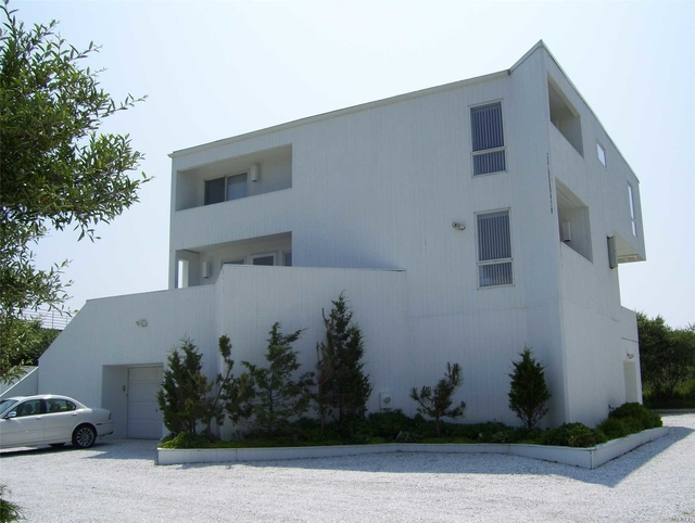 4 Bedrooms, Southampton Rental in  for $12,000 - Photo 1