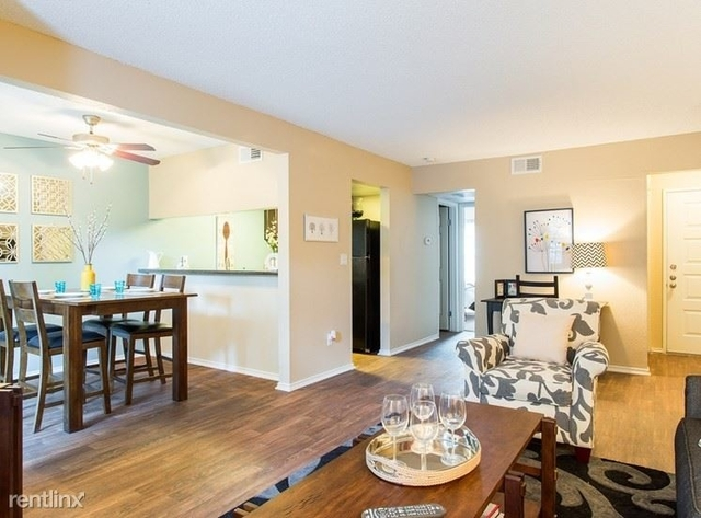 2 Bedrooms, Carrollton Rental in Dallas for $975 - Photo 1