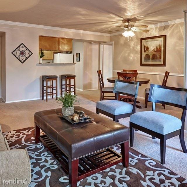 2 Bedrooms, North Central Dallas Rental in Dallas for $978 - Photo 1