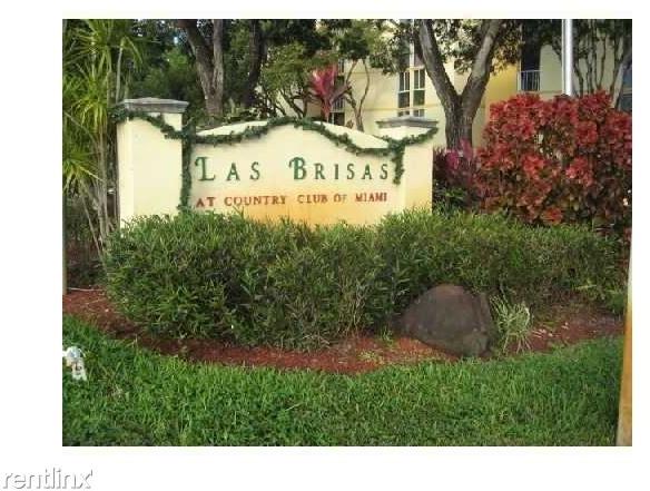 1 Bedroom, Fairgreen Villas Rental in Miami, FL for $1,300 - Photo 1