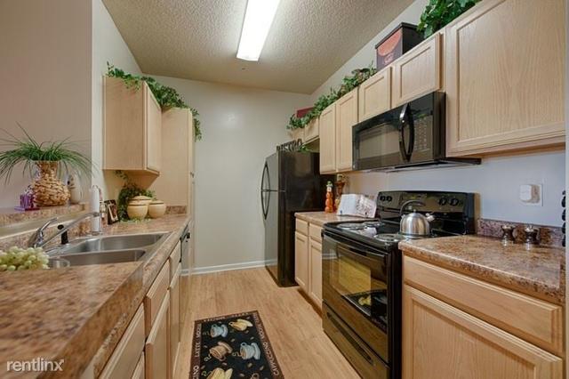 1 Bedroom, Sugar Land Rental in Houston for $985 - Photo 1