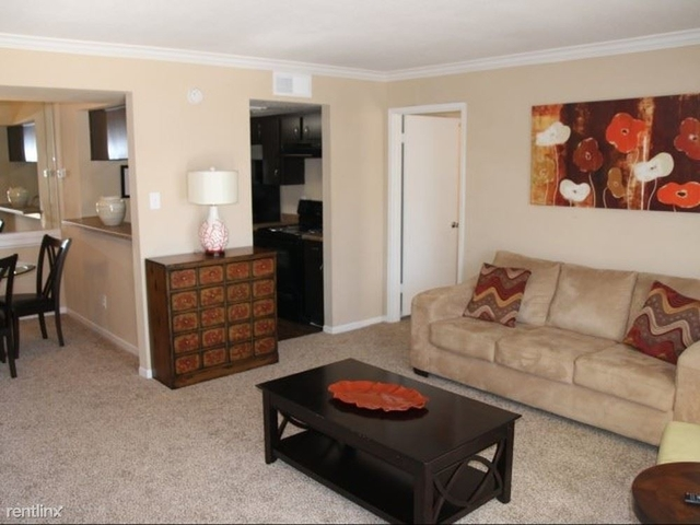 1 Bedroom, London Lane Townhome Rental in Houston for $750 - Photo 1