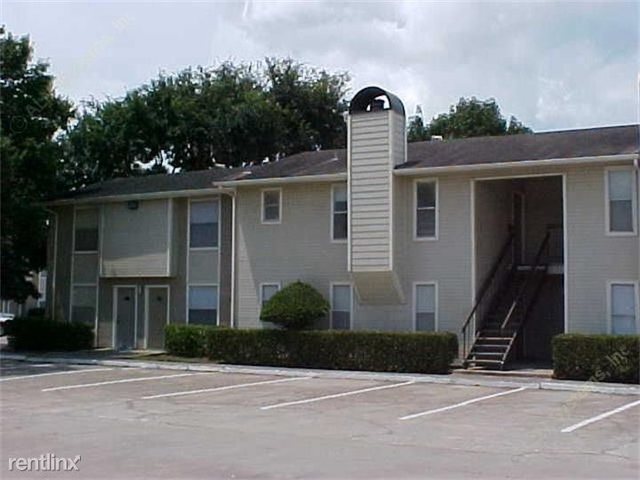 2 Bedrooms, Alvin-Pearland Rental in Houston for $930 - Photo 1