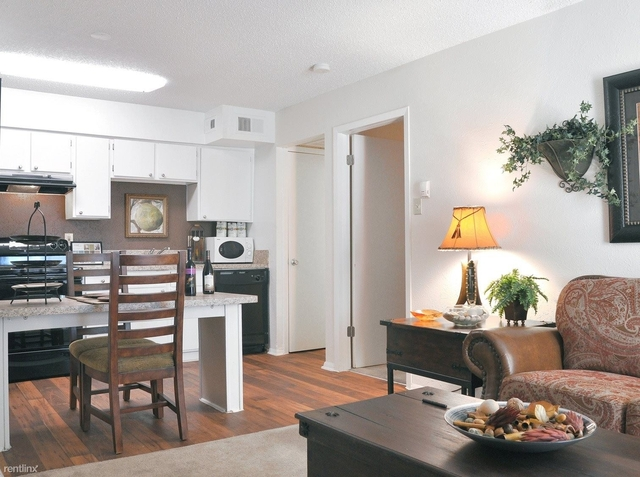 2 Bedrooms, Lake Highlands Rental in Dallas for $1,005 - Photo 1