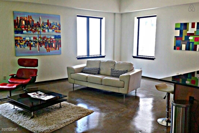 1 Bedroom, Government District Rental in Dallas for $1,390 - Photo 1