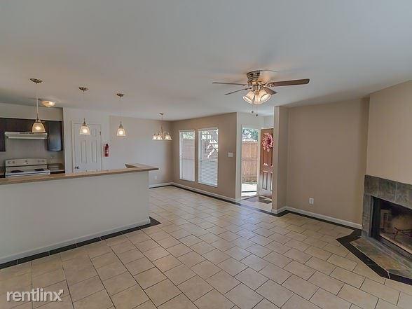 2 Bedrooms, Northwest Harris Rental in Houston for $995 - Photo 1