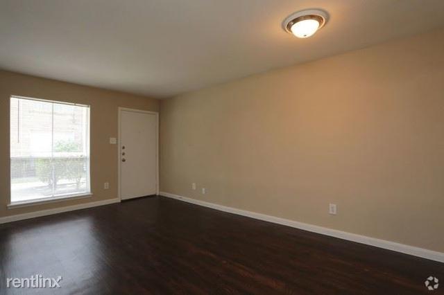 2 Bedrooms, Braeswood Oaks Rental in Houston for $840 - Photo 1