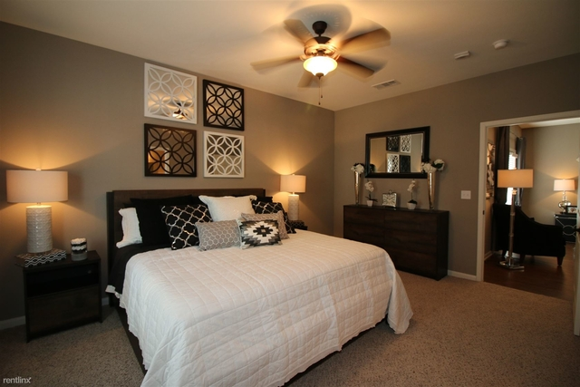 3 Bedrooms, Middlecoff Rental in Houston for $1,550 - Photo 1