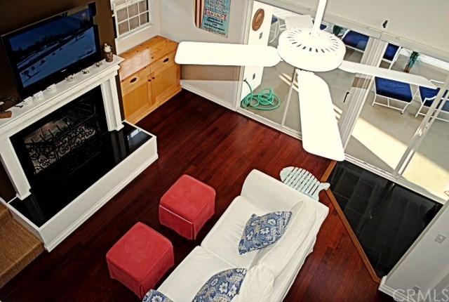 2 Bedrooms, Corona del Mar Rental in Los Angeles, CA for $4,000 - Photo 1