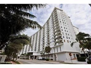 2 Bedrooms, Oceanfront Rental in Miami, FL for $2,100 - Photo 1