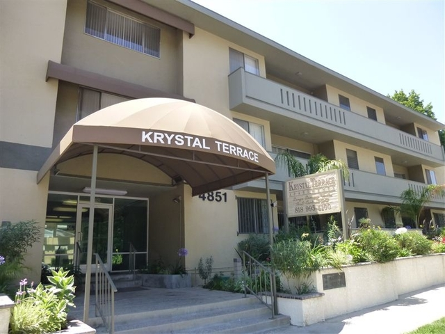 1 Bedroom, Sherman Oaks Rental in Los Angeles, CA for $1,995 - Photo 1