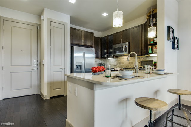 1 Bedroom, Greater Heights Rental in Houston for $1,635 - Photo 2