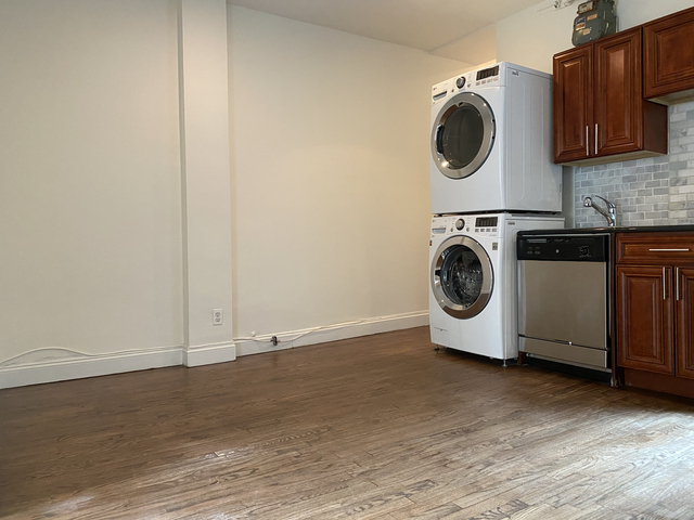 4 Bedrooms, Alphabet City Rental in NYC for $5,150 - Photo 1