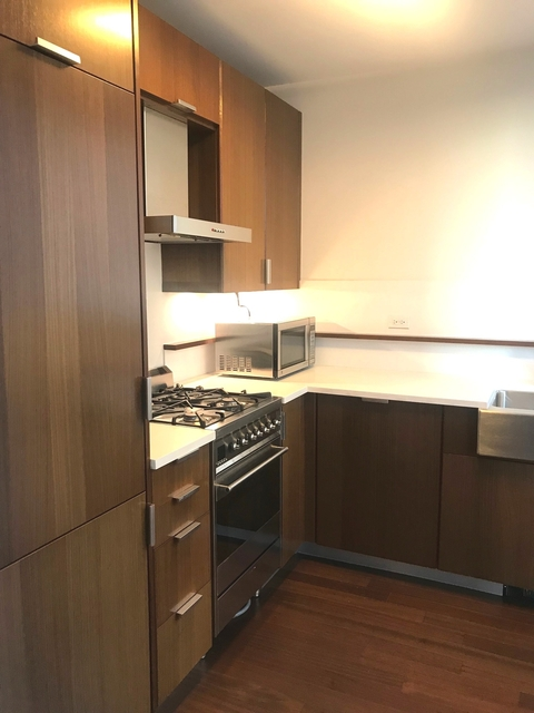Studio, Lincoln Square Rental in NYC for $2,990 - Photo 1