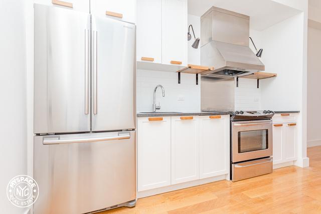 2 Bedrooms, Ridgewood Rental in NYC for $2,974 - Photo 2