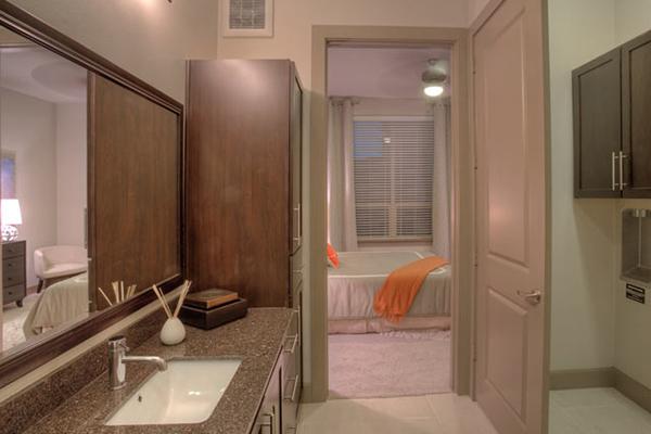 1 Bedroom, Uptown Rental in Dallas for $1,303 - Photo 2