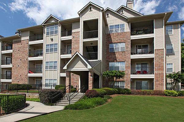 2 Bedrooms, Vinings Rental in Atlanta, GA for $1,199 - Photo 2