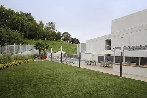 1 Bedroom, Encino Rental in Los Angeles, CA for $1,915 - Photo 2