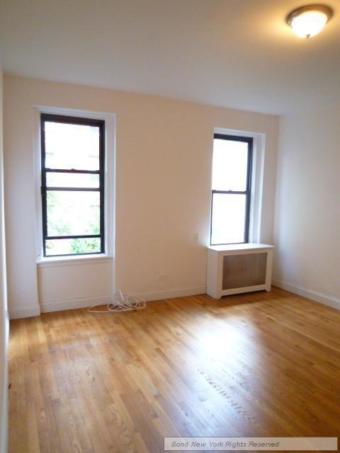 2 Bedrooms, Greenwich Village Rental in NYC for $4,395 - Photo 2