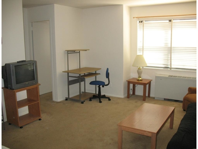 1 Bedroom, Foggy Bottom Rental in Washington, DC for $1,800 - Photo 2