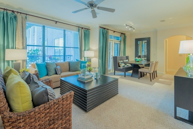 1 Bedroom, Uptown-Galleria Rental in Houston for $1,285 - Photo 2
