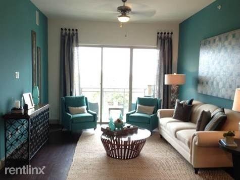 2 Bedrooms, Memorial Heights Rental in Houston for $1,955 - Photo 2
