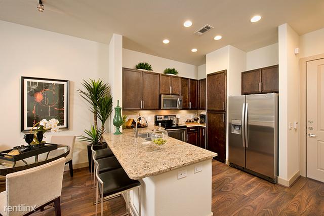 2 Bedrooms, Midtown Rental in Houston for $2,100 - Photo 2
