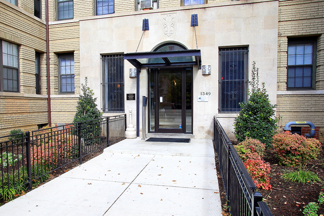 1 Bedroom, Columbia Heights Rental in Washington, DC for $1,750 - Photo 2