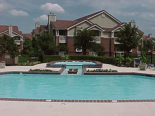 1 Bedroom, Canterbury Court Rental in Dallas for $811 - Photo 1