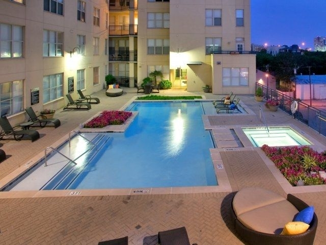 2 Bedrooms, Uptown Rental in Dallas for $1,950 - Photo 1