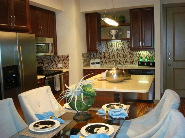 2 Bedrooms, Uptown Rental in Dallas for $2,250 - Photo 1