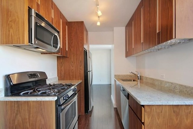 3 Bedrooms, Upper East Side Rental in NYC for $9,200 - Photo 2