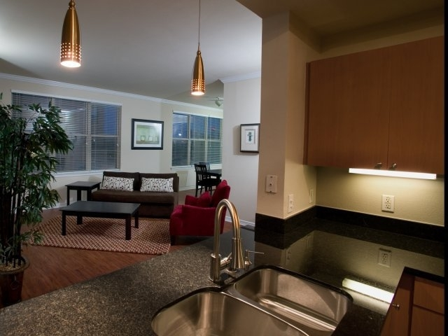 1 Bedroom, Uptown Rental in Dallas for $1,487 - Photo 2