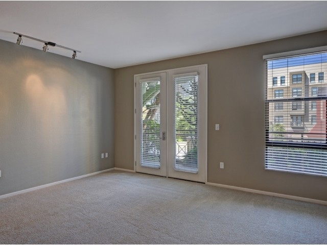 2 Bedrooms, Pasadena Civic Center District Rental in Los Angeles, CA for $3,030 - Photo 2