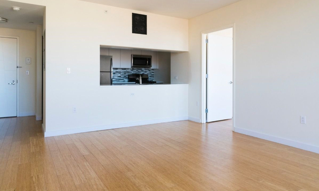 1 Bedroom, Alphabet City Rental in NYC for $3,395 - Photo 2
