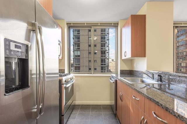 3 Bedrooms, Chelsea Rental in NYC for $6,500 - Photo 2